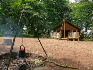 camp fire & Tent